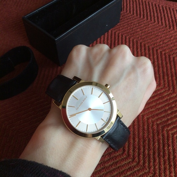 Burberry Other - BURBERRY Black Leather Circle Watch